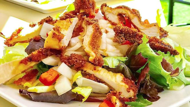 Ensalada Fuxio Pollo - Fuxion Gastrobar, Benidorm