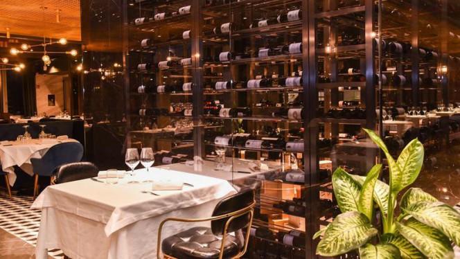 Sala 3 - Top Carne, Milan