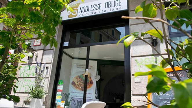 entrata - Noblesse Oblige, Milan