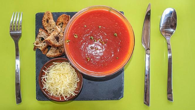 Velouté de tomate - Chez Eve Restaurant BIOn, Aix-en-Provence