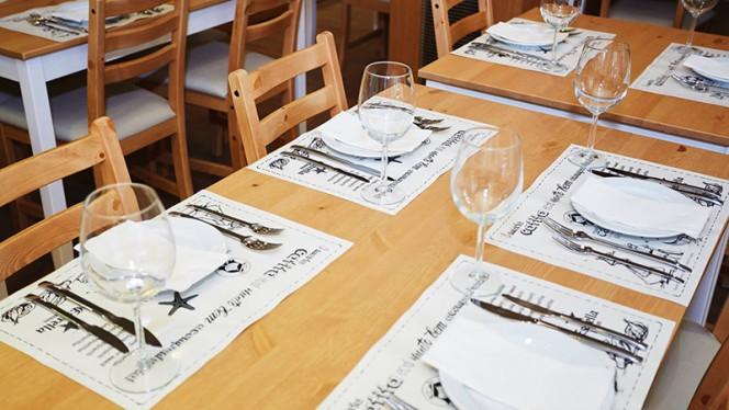 Pormenor mesas - BaixaMar Lisboa - Mariscos e Petiscos, Lisboa