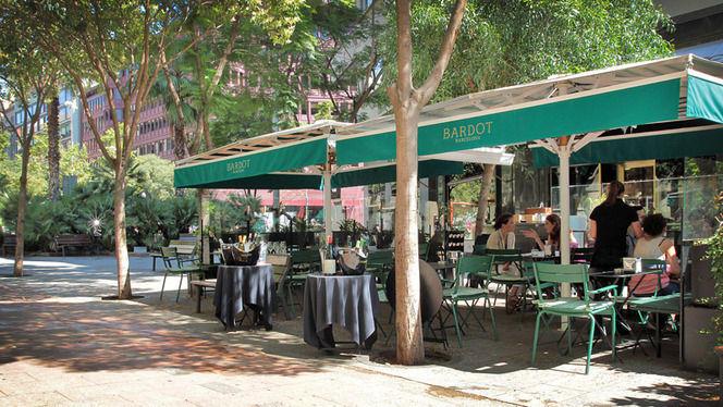 terraza de día - Bardot, Barcelona
