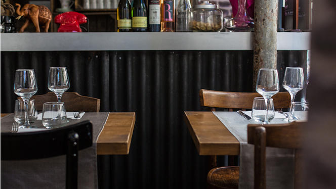 Tables dressées - Le Baan Haï, Paris