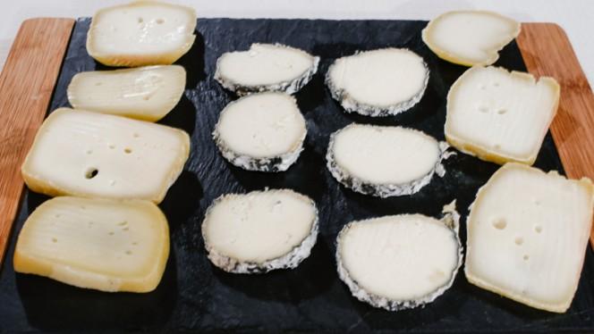 queijos - Marias de Vinho tinto, Lisboa