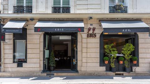 Ebis, Paris