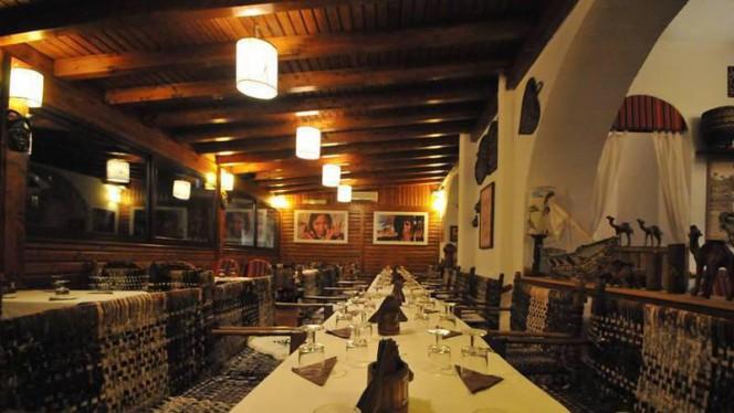 interno - Sala di legno - Sahara, Rome