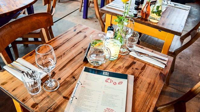 restaurant - Strandpaviljoen Bora Bora, Den Haag