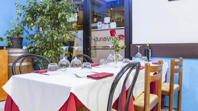 Vista sala - Lungomare, Milan