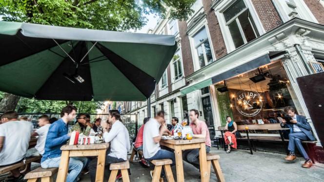 Terras - Geflipt Burgers, Amsterdam
