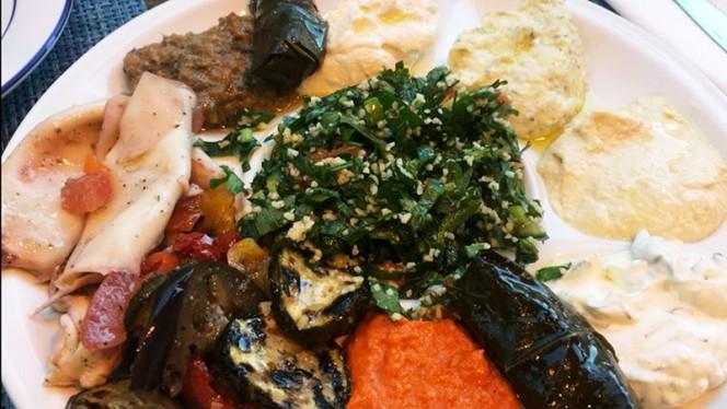Suggestion du chef - Produits de Grèce, Paris