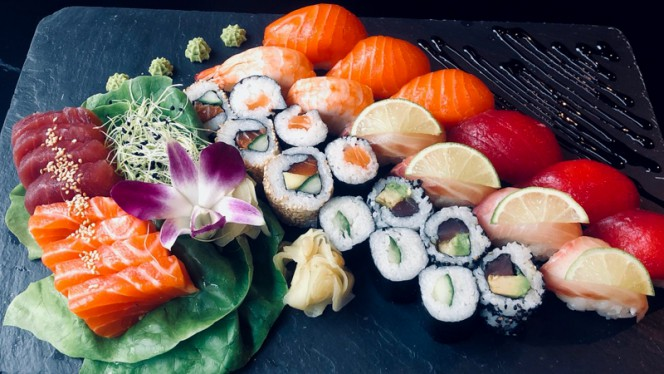 For me & for you - Le Duo - Thai & Sushi, Lausanne