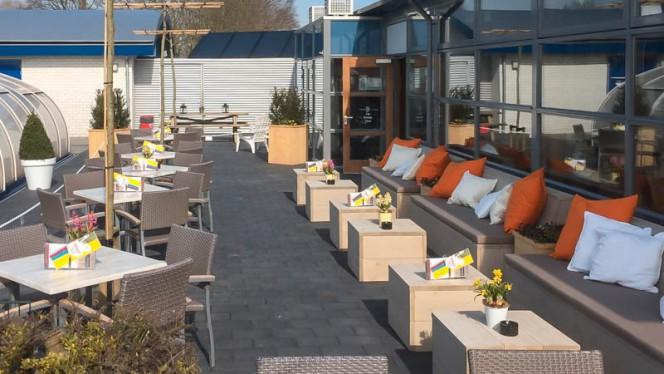 Terras - Grand Cafe de Paardekreek, Kortgene