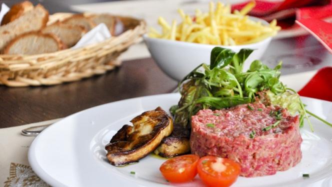Suggestion plat principal - Café des Amis, Neuchâtel