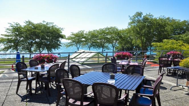 Terrasse - Café des Amis, Neuchâtel