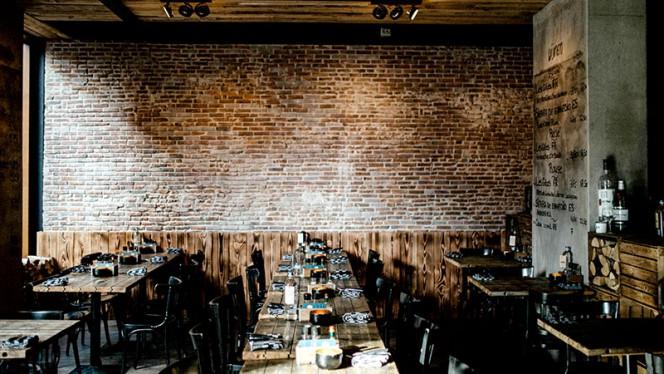 Het restaurant - Alan Bar & Bistro, Rotterdam