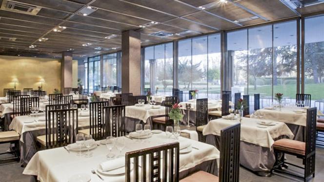 Vista Sala - Café de Oriente Museo del Traje, Madrid