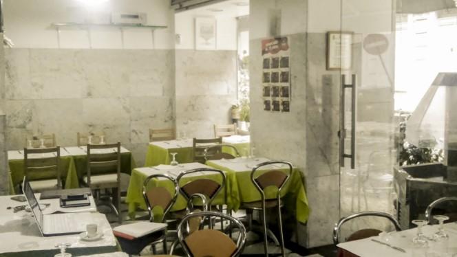 Sala - Cervejaria Bar Derbi, Lisboa