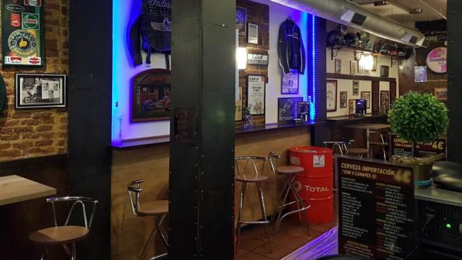 Vista de la sala - Kyiv Café Racer - Cava Baja, Madrid