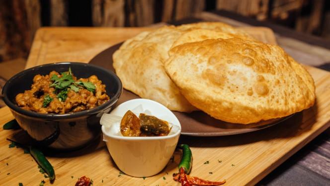 Chola Bhatura - Atithi Indian Restaurant Rotterdam, Rotterdam