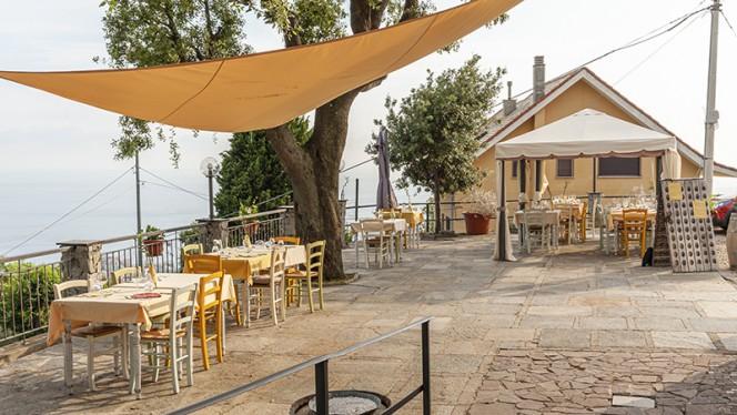 Vista della terrazza - Osteria Amori e Sapori, Genova