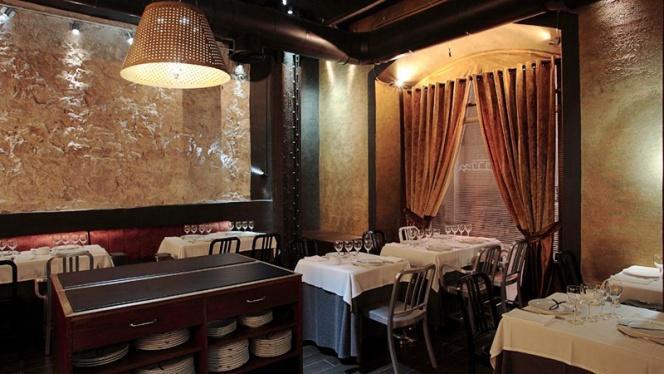 Detalle mesa - Cal Pinxo Palau de Mar, Barcelona