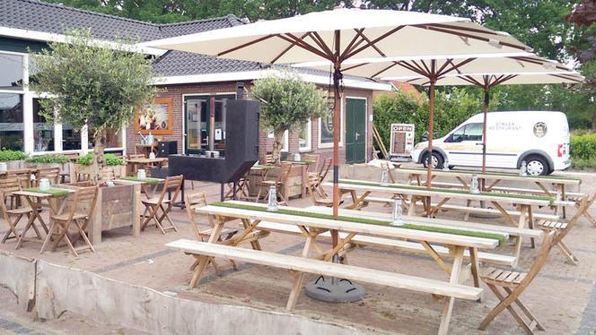 Entree & terras voorzijde - Streekrestaurant de Vechtdalkok, Dalmsholte