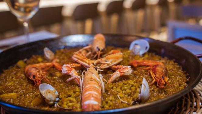 Arroz con pescado y marisco - Koma, Barcelona