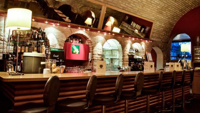 Le bar du château - HOTEL RESTAURANT DU KEMPFERHOF,