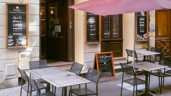 Terrasse - English Country Kitchen, Bordeaux