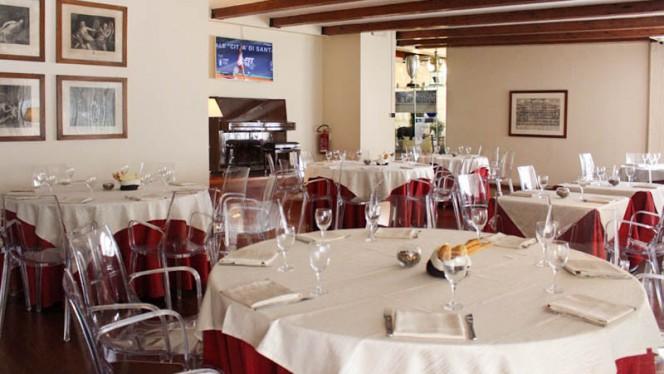 L'elegante sala ristorante - Quanta Club, Milan