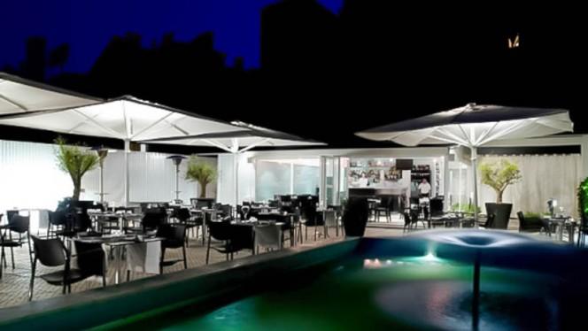 Vista do restaurante à noite - Spianata, Lisboa