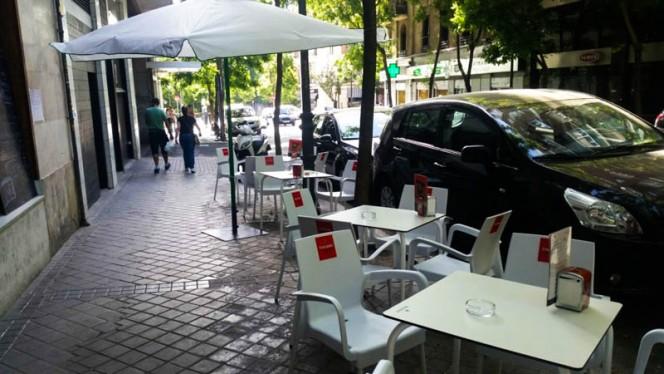 La terraza - 37 Tapitas, Madrid