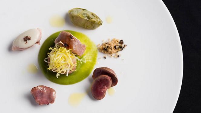 Lombo di coniglio lardellato, crumble di olive taggiasche e scarola - Derby Grill, Monza