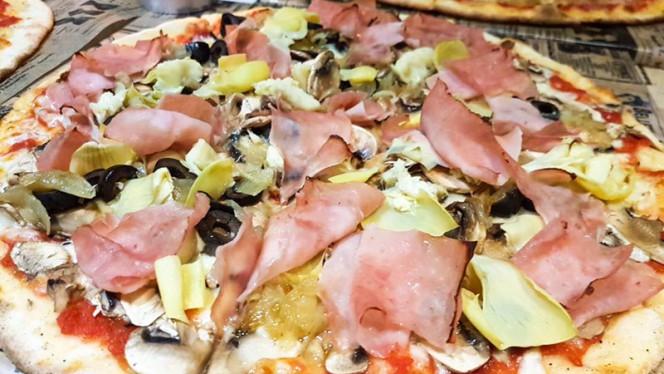 Pizza - La Famiglia, Valencia