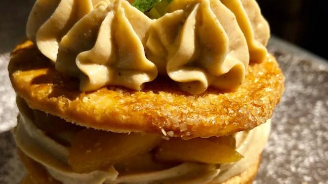 Millefeuille crème pralin et pomme façon tatin - Wee An, Lyon