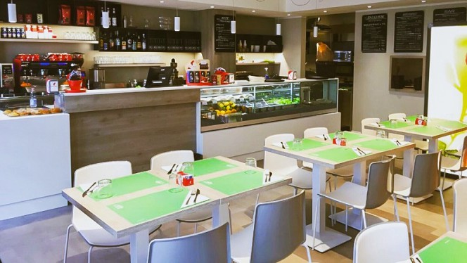 Sala - Bicenter Cafè Salad Bar & Bistrot, Padova