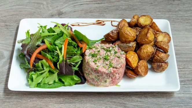 Tartare de boeuf français, 180G - Au Réservoir, Lyon