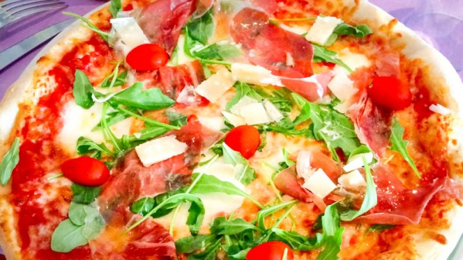 Pizza Parma Rucola - l'Officina, Lille