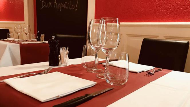 Table - La Mascotte,