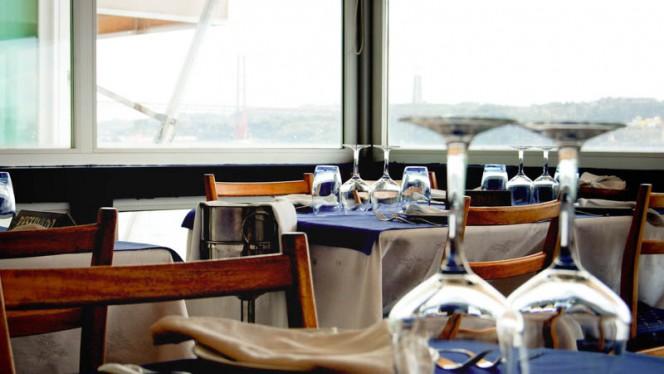 espaço interior - Associação Regional de Vela do Centro, Lisboa