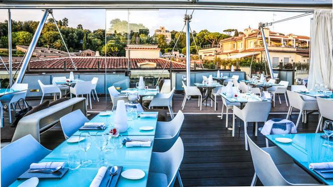 La terrazza - Hi-Res, Rome