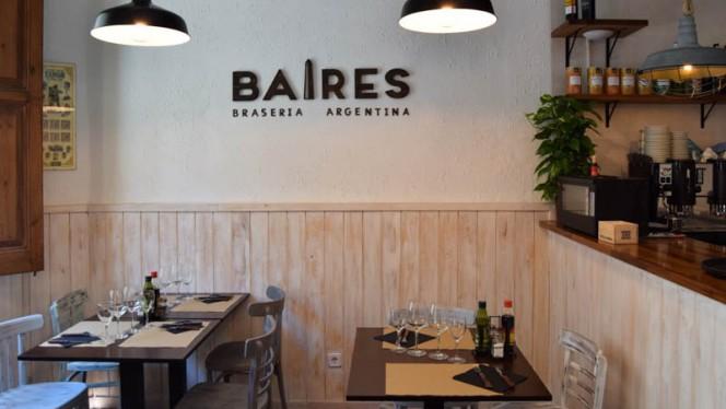 Vista sala - Baires, Badalona