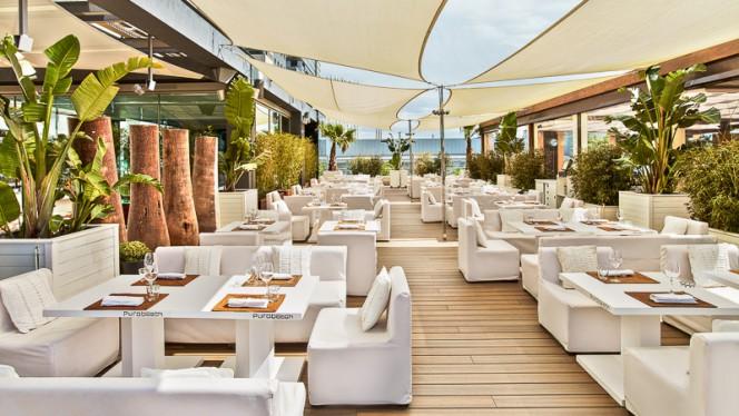 Bar & Lounge - Purobeach Barcelona, Barcelona