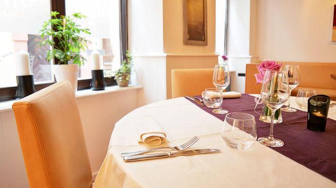 Table dressée - Le Stras', Strasbourg
