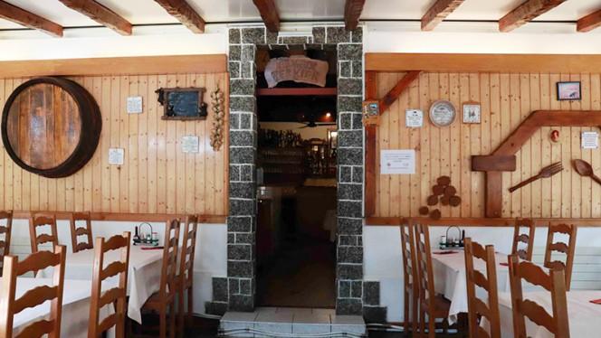 Vue de la salle - Au Vieux Vernier, Vernier