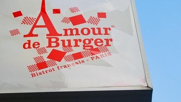 La façade - Amour de Burger, Paris