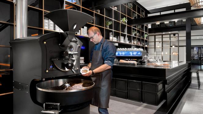 Koffiebranderij - Capriole Café, Den Haag