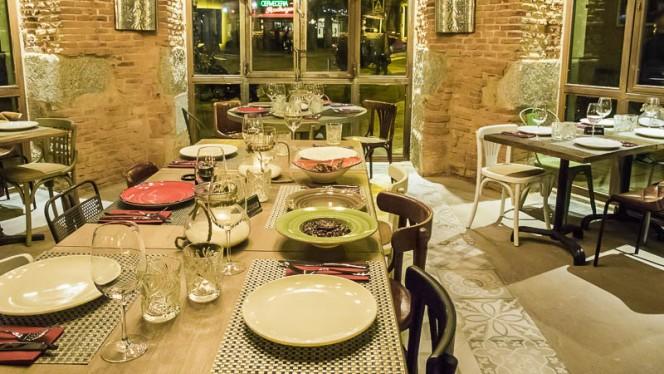 Detalle mesa - La Tasca de Ventura, Madrid
