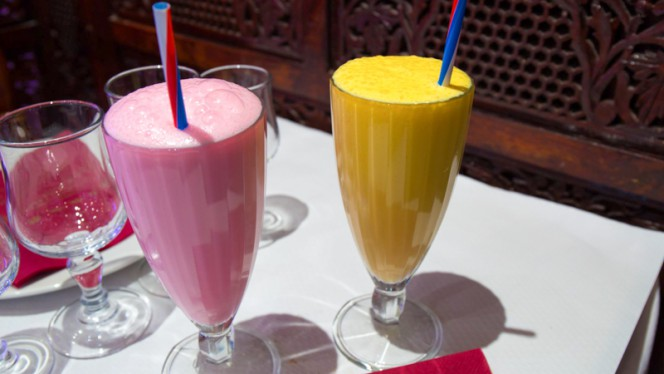Lassi mango and rose - Pakiza, Paris