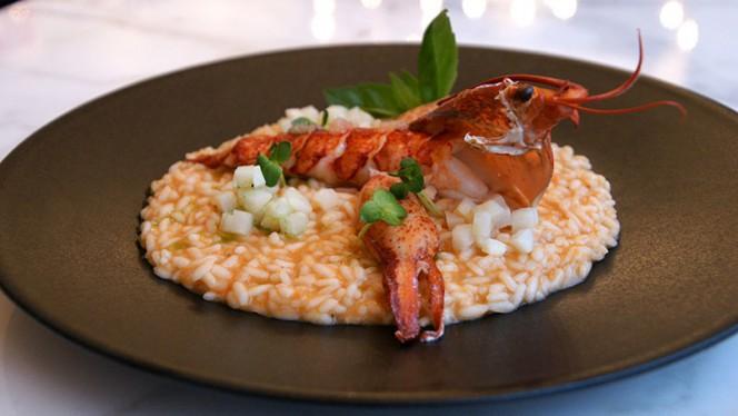 Risotto au homard entier, citron caviar, celeri-rave mariné - Arthur's, Genève